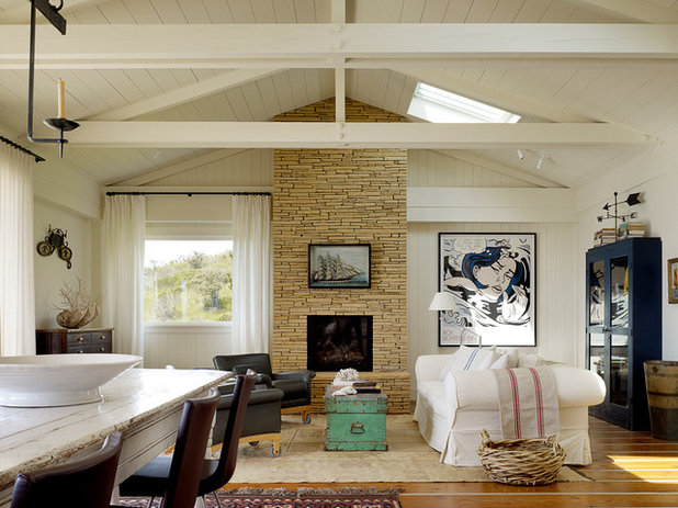 A Beach Weekender With Views That Wow