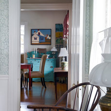 Beach Style Dining Room by Ken Gutmaker Architectural Photography