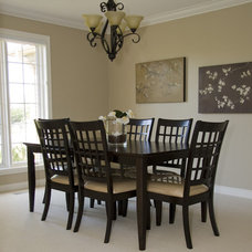 Contemporary Dining Room by Rooms in Bloom Home Staging & Design Inc.