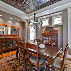 Traditional Dining Room by DESIGN GUILD HOMES
