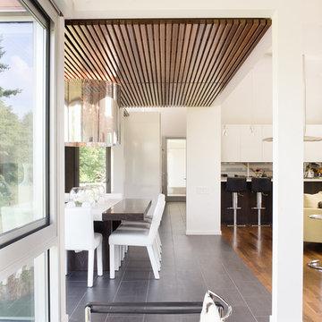 Bent/Sliced House