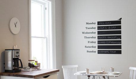 新しいカレンダーを、壁を飾るインテリアとして選ぼう
