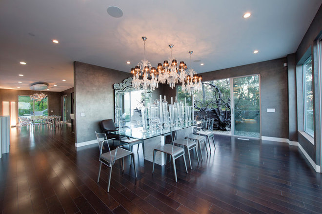 Contemporary Dining Room by Studio1Plaster