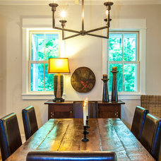 Transitional Dining Room by Gerald D. Cowart, AIA, LEED  AP