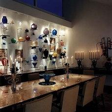 Contemporary Dining Room by McIntosh Poris Associates