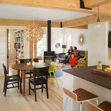 Contemporary Dining Room by Caleb Johnson Architects + Builders
