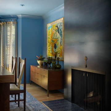 Bold Color transforms a dining room