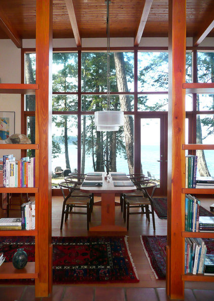 Contemporary Dining Room by Helliwell + Smith | Blue Sky Architecture