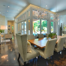 Contemporary Dining Room by Greenbelt Construction