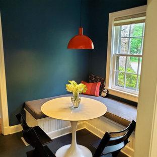 Ispirazione per una piccola sala da pranzo aperta verso la cucina american style con pareti blu, pavimento con piastrelle in ceramica, nessun camino e pavimento grigio