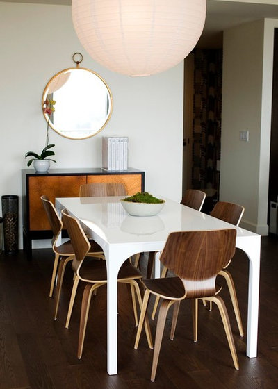 Contemporary Dining Room by Kate Hayes Design