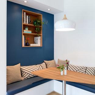 Inspiration för moderna matplatser, med ljust trägolv
