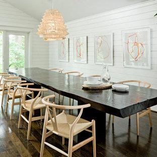 Inspiration för moderna matplatser, med vita väggar och mörkt trägolv