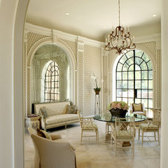 traditional dining room by Christy Dillard Kratzer