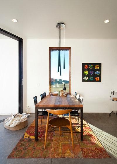 Moderne Salle à Manger by Imbue Design