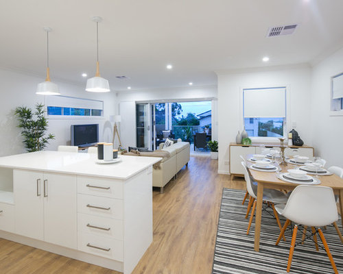 This Is An Example Of A Contemporary Dining Room In Brisbane