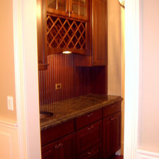 Traditional Dining Room by Follyn Builders & Developers