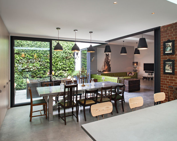 Contemporary Dining Room by Chris Dyson Architects