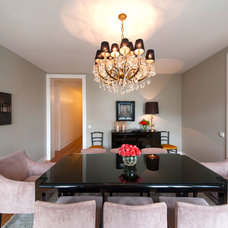Contemporary Dining Room by HOME STAGING FACTORY