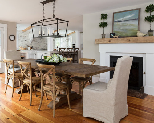 Inspiration for a mid sized farmhouse medium tone wood floor and brown floor  kitchen. 11 Best Farmhouse Kitchen Dining Room Combo Ideas   Remodeling