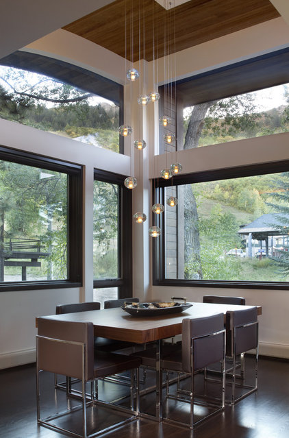 Contemporary Dining Room by ROWLAND BROUGHTON ARCHITECTURE & URBAN DESIGN