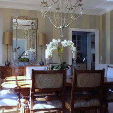 Traditional Dining Room by Interior Motives