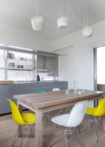 Moderno Sala da Pranzo by MARGSTUDIO