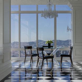 Ispirazione per una grande sala da pranzo chic chiusa con pareti bianche, pavimento in gres porcellanato e pavimento multicolore