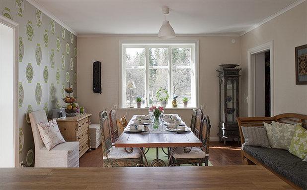Shabby-Chic Style Dining Room by Fotograf Lisbet Spörndly