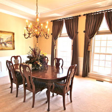 Traditional Dining Room by Interior Makeovers by Annie OCallaghan