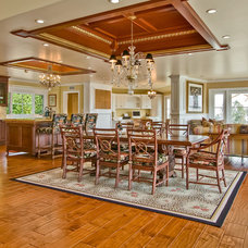 Traditional Dining Room by Howe Custom Home Builders