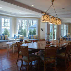 Beach Style Dining Room by Matthew Korn Architecture AIA