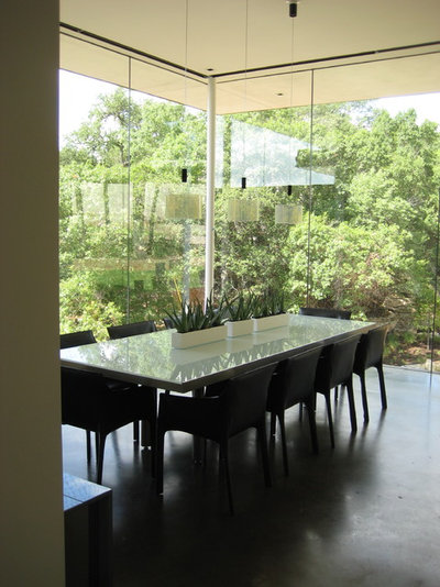 Modern Dining Room by Jay Hargrave Architecture