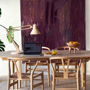 Idée de décoration pour une salle à manger minimaliste.