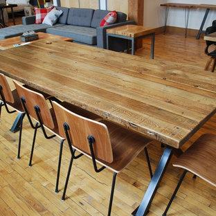 Dining room - industrial dining room idea in Chicago