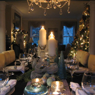 This is an example of a classic dining room in Toronto.