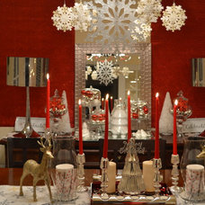 Contemporary Dining Room Christmas-ready Dining room
