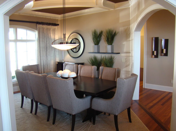 Contemporary Dining Room by christy johnson