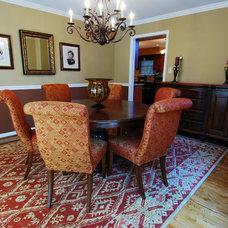 Dining Room by JB Interiors, Inc.