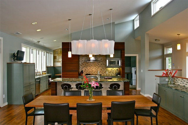 Contemporary Dining Room by Barley|Pfeiffer Architecture