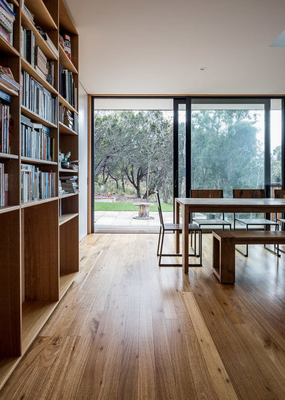 Contemporary Dining Room by DEAN SCURRAH BUILDING