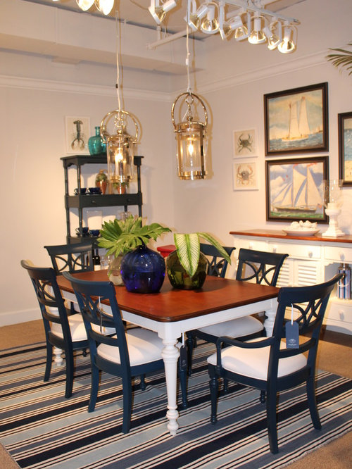 Coastal Living Cottage Dining Room .