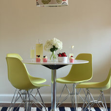 Modern Dining Room by Studio MOD(ish)