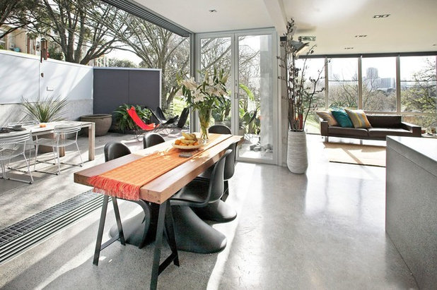 Contemporary Dining Room by 100 Build