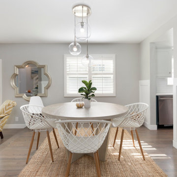 Contemporary Beach House Dining Space