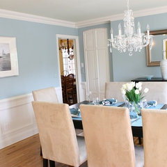 contemporary dining room by Birgit Anich Staging & Interiors