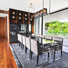 Contemporary Dining Room by DESIGN INTERVENTION