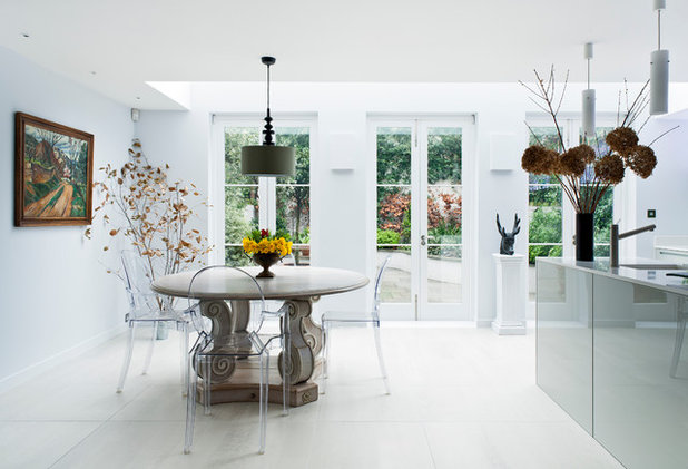 Contemporary Dining Room by Sonnemann Toon Architects