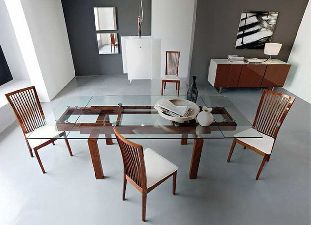 Contemporary Dining Room by Contemporary LifeStyles