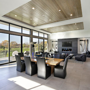 Contemporary Ranch with Golf Course Views